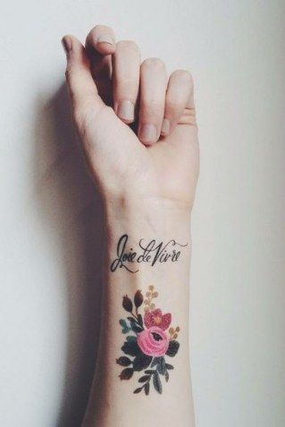 50 diseños perfectos para tatuarte en la muñeca