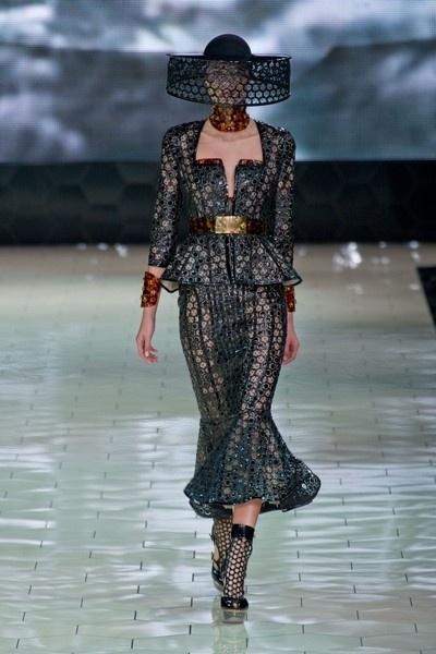 Alexander McQueen - Primavera-Estate 2013 Collezioni - Parigi - Sfilate di Moda -