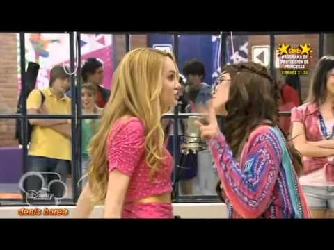 Violetta - Ludmila Vs Camila - Juntos somos mas - Disney Channel - YouTube
