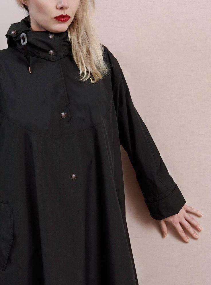 WATERDICHT Amsterdam Straincoat Cape, stylish raincoat  Outer fabric: 100% Nylon / membrane: 100% PU / mesh