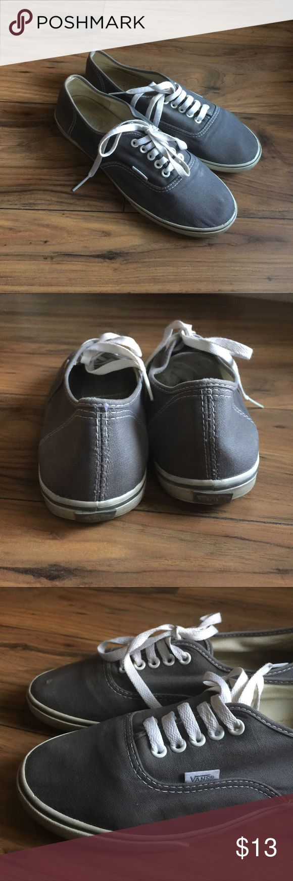 Vans Lo Pro Skate Shoes canvas upper and signature gum rubber waffle outsole.  Right show has small scratch as seen in picture Vans Shoes Sneakers