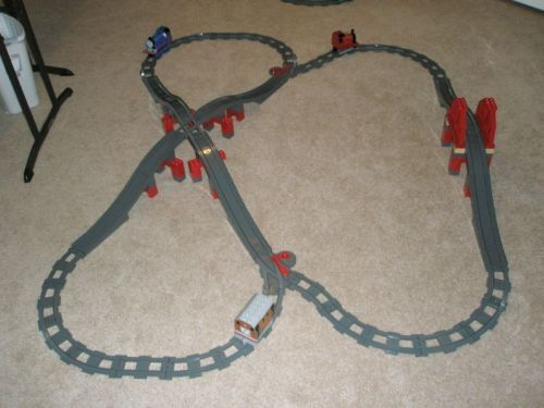 Duplo Track Layout 6: A LEGO® creation by Erin Howarth : MOCpages.com