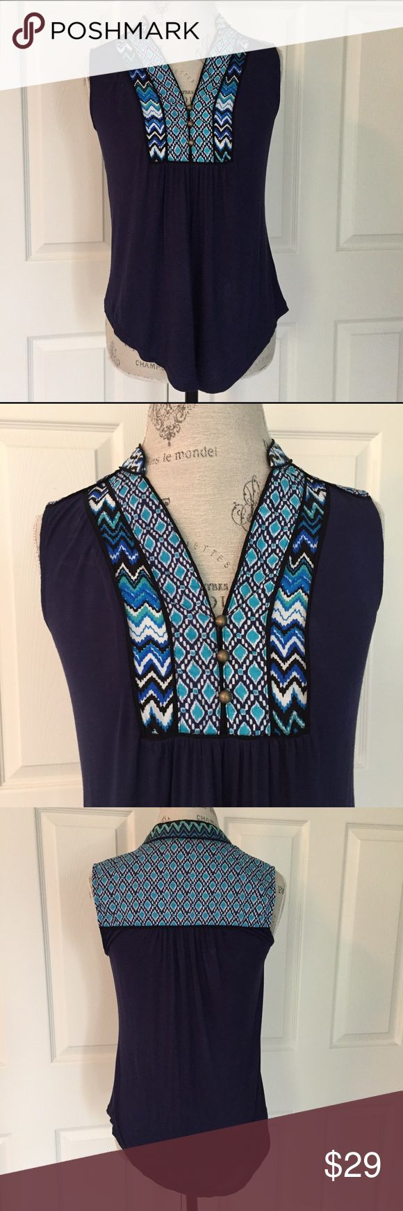 Stitch Fix Mixed Material Boho Inspired Top so cute and boho inspired! mixed material sleeveless curved hem knit top with boho inspired detail and burnished buttons by Market&Spruce for Stitch Fix. size small. very good pre-loved condition with just very light pilling as seen in closeup photo. Stitch Fix Tops