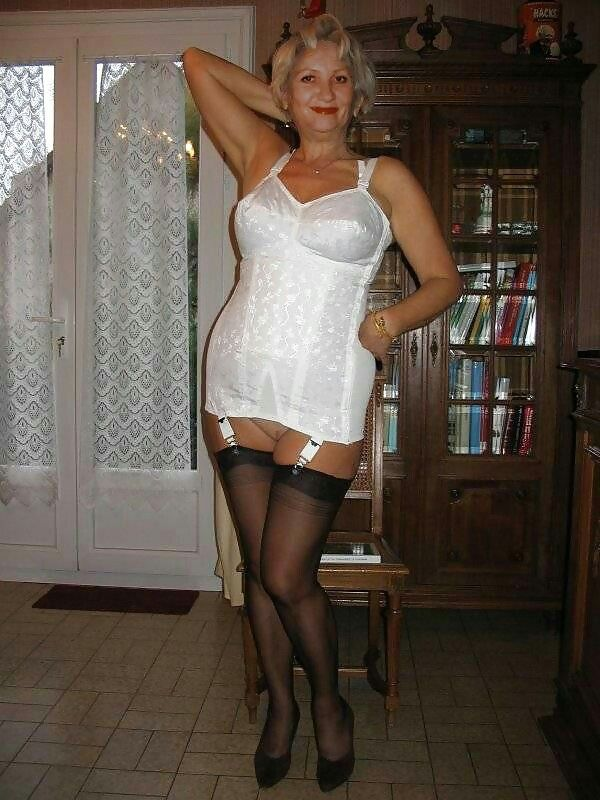 Dating men in nylons