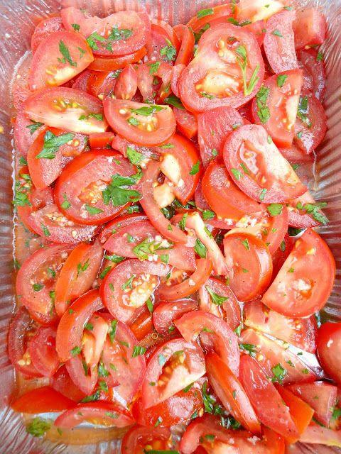 Gemarineerde tomatensalade @ http://allrecipes.nl