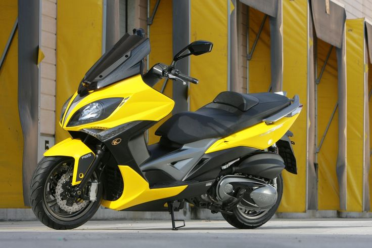 Kymco Exciting 400i.