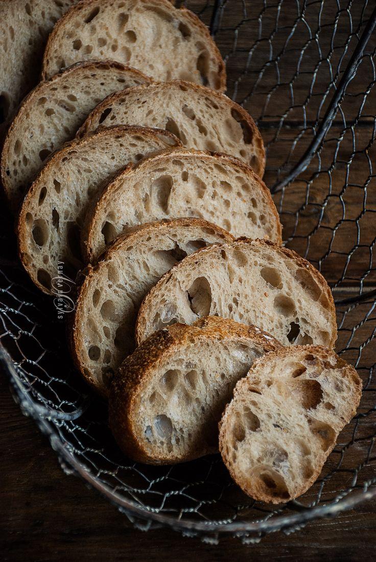 Sourdough bread. By Sylvain Vernay.