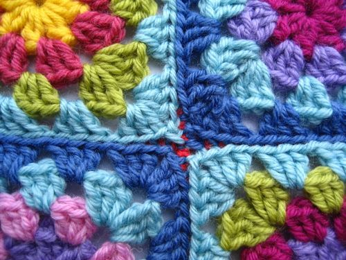 how to make a pair of clippers using granny squares