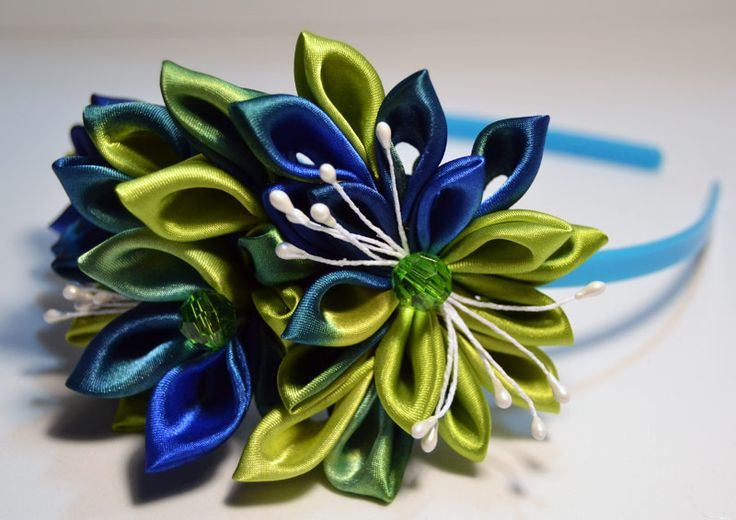 http://www.etsy.com/listing/167942512/kanzashi-headbands-set-of-2?ref=shop_home_active