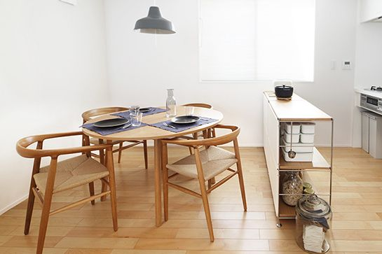 We Want To Move Into This Small-Space Japanese Home #refinery29  http://www.refinery29.com/muji-urban-apartment#slide5