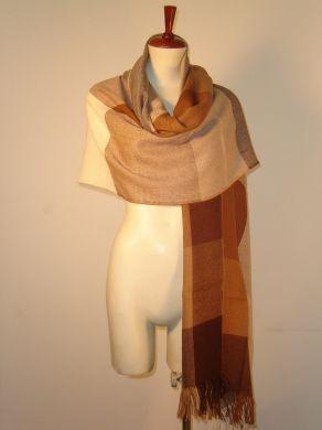 Eleganter #Schal aus kostbarer #Babyalpaka #Wolle gewebt. Luftig leicht und extra groß.