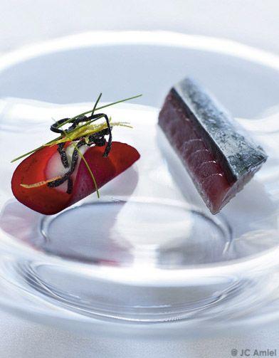 Maquereau mariné, ravioli de betterave et chantilly de wasabi pour 4 personnes - Recettes Elle à Table