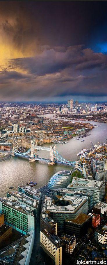 Thames River, London, England, UK