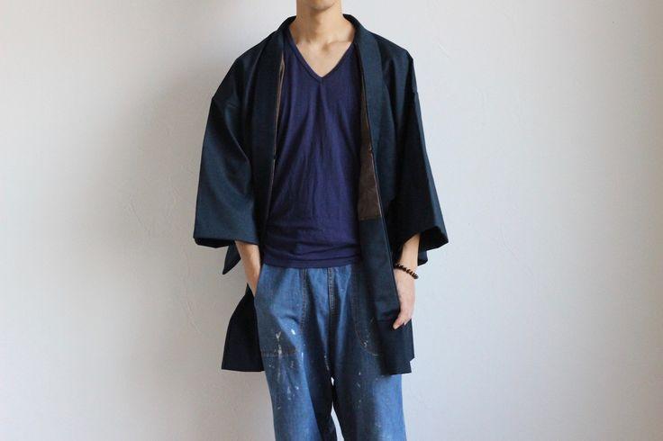 Etsy のMens kimono jacket, Haori men, dark blue kimono, men's wool jacket /999(ショップ名:LitreJapan)
