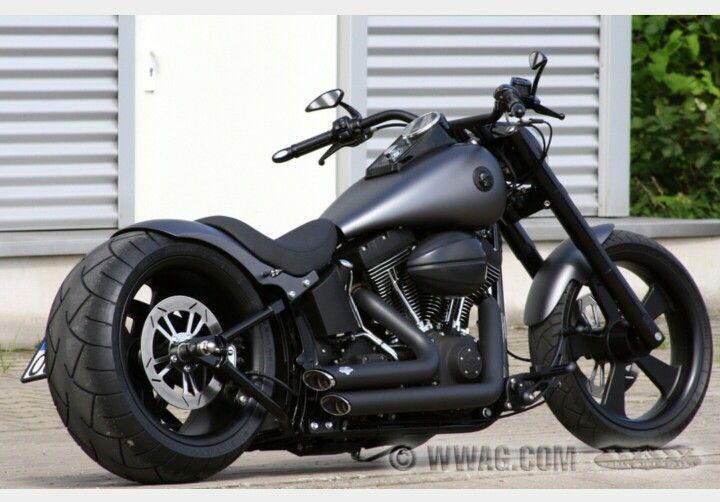 Harley-davidson- breakout 2016