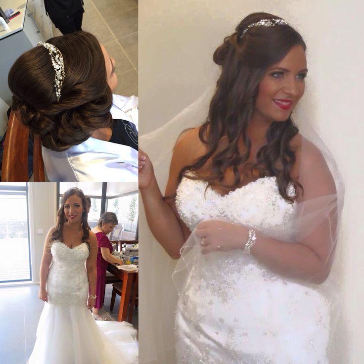 Bridal hair by Jodie curls, tiara, veil