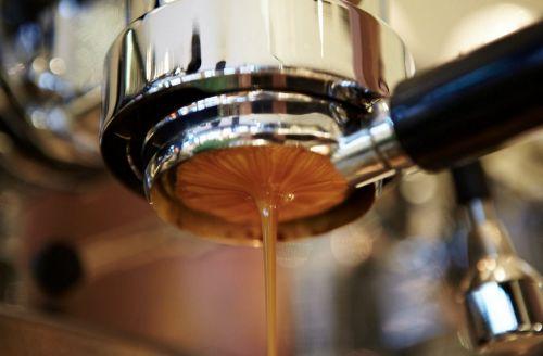 21 κούπες καφέ σε πόλεις της Ευρώπης που «πρέπει να δοκιμάσεις πριν πεθάνεις»