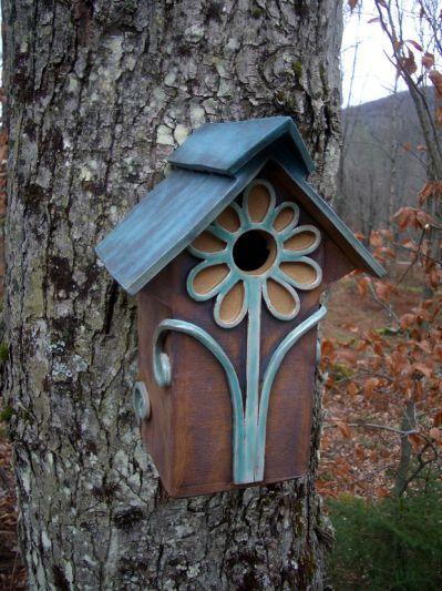 17 Free Birdhouse Designs   FaveCrafts.com