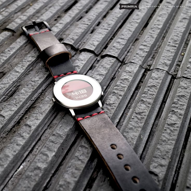 Premium leather straps for your beloved pebble time round 20mm
