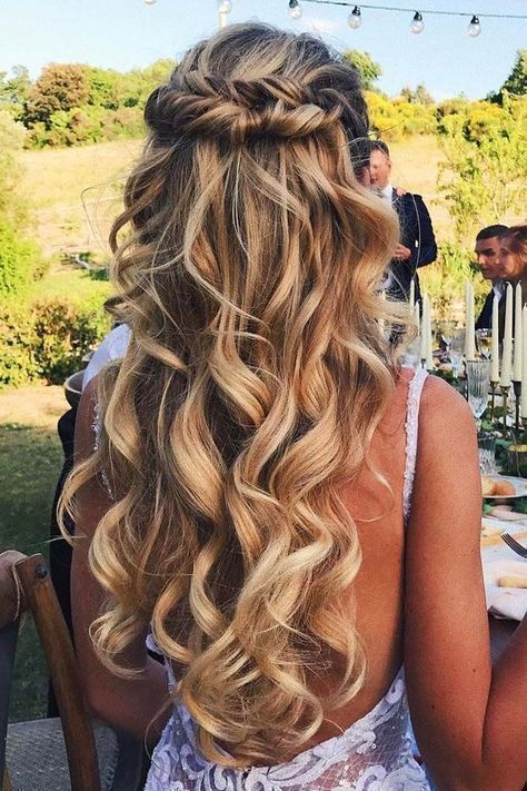 Chic half-up half-down swoon-worthy hairstyles for wedding guests or brides.