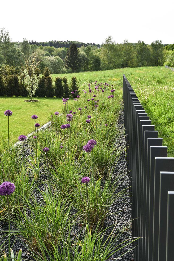 Gartenzaun metall moderner zaun zaun sichtschutz zaun ideen gartenarchitektur nachbar garten design metallbau innenhof
