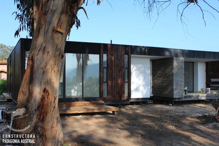 Casa Weinstein, Arquitecto Johann Wohlenberg, Constructora Patagonia Austral. www.woh.cl www.constructorapatagonia.cl