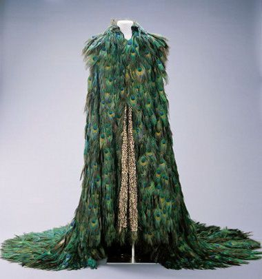 Stage Costume of Roman Tam / 1996 Roman Tam wore this costume with peacock feathers when performing in the concert Roman Tam's Vivid Stage