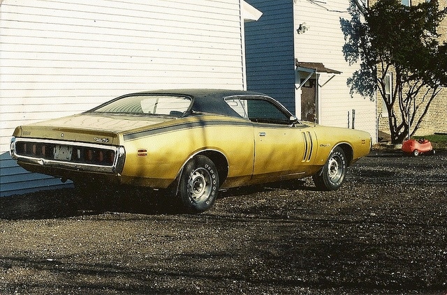 1971 Dodge Charger R T Looks Like Gy4 Gold I Had A 71 Base