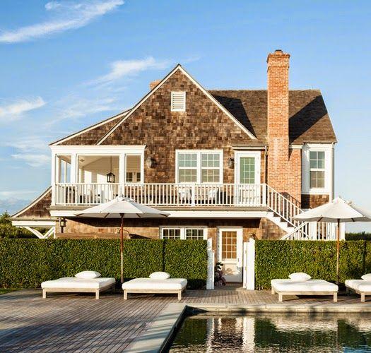 Traditional Shingle-Style Summer Home   East Hampton, NY @sawyerberson via @brunchatsaks