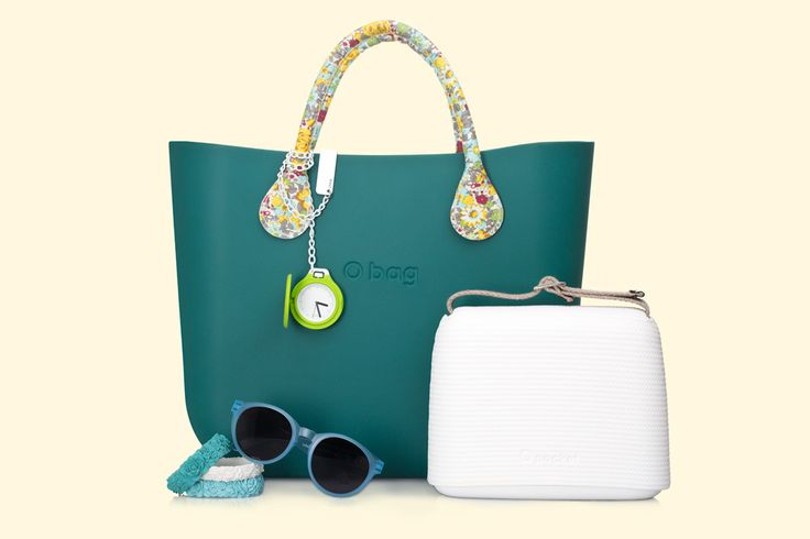 O bag petrolio with flowerd short handles. O pocket white. Sunglasses, flower bracelet, O chive