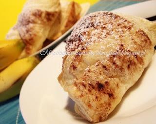 Empanady z bananem i miodem
