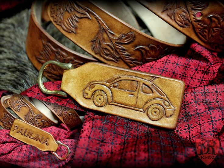 Hand made leather pendant to the keys. Volkswagen New Beetle