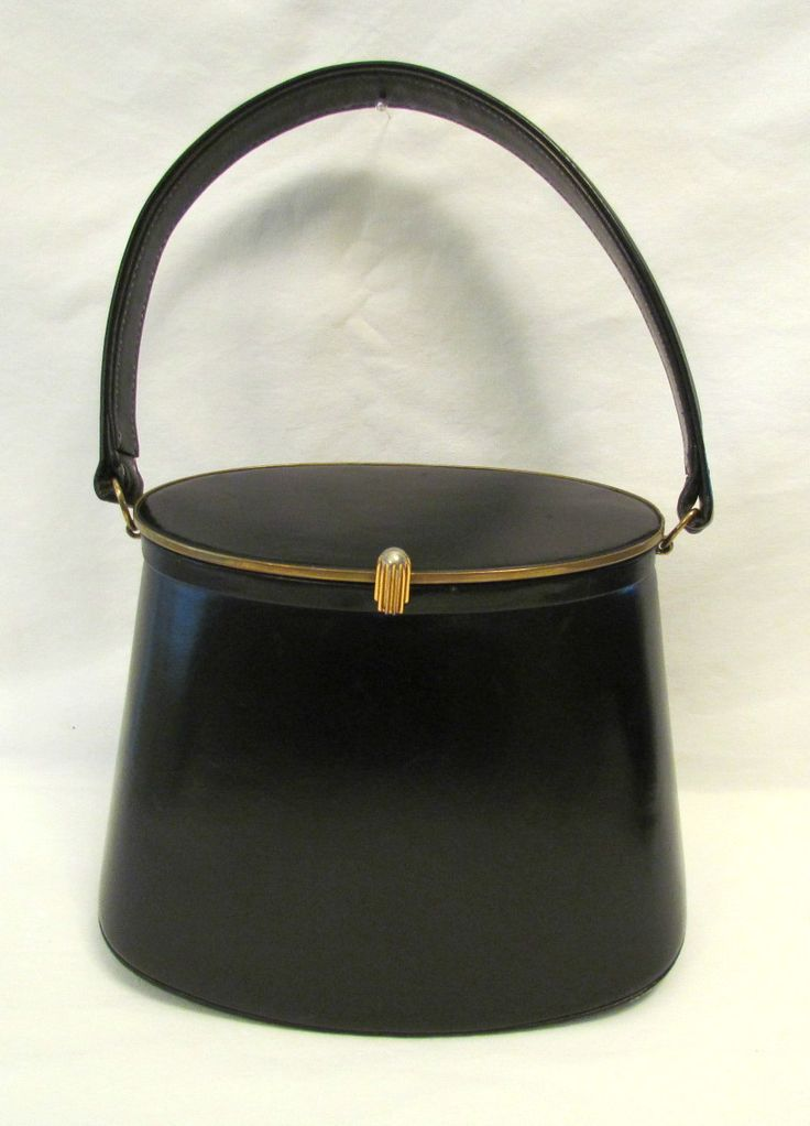 1940 Handbag Black Leather Bucket Purse Mirror With Coin Purse Vintage Purse Love Pinterest