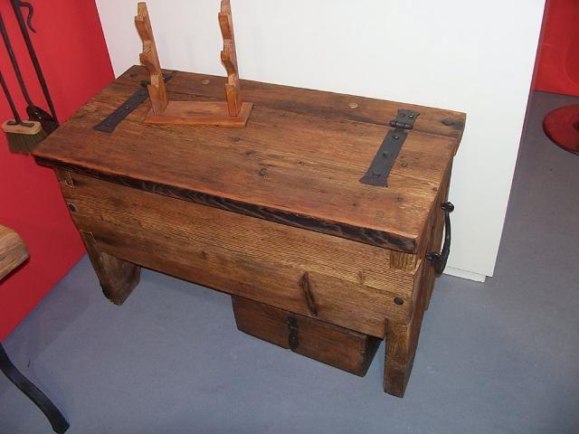 Mobili in legno e ferro
