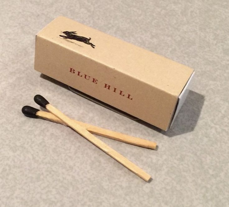 Blue Hill Restaurant NYC logo #matchbox produced by TheMatchGroup