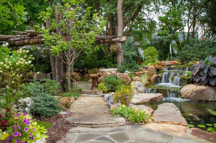 paisagem tradicional por Aquascape Inc.