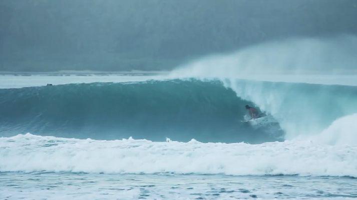 North Sumatra & Pumping Nias – Tropical Bender surfing video