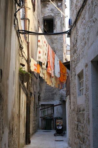 croatian washing lines