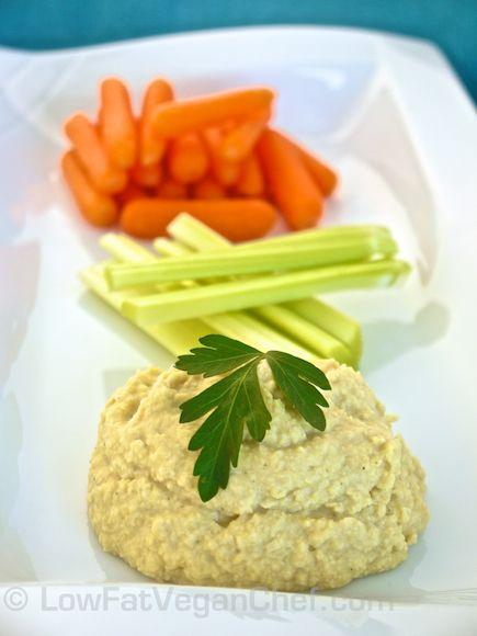 Low Fat Vegan Chef's (Oil Free) Low Fat Chickpea Hummus Recipe