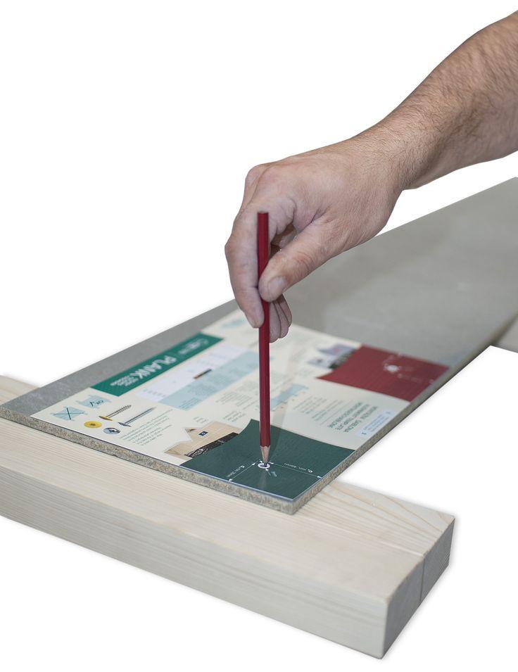 Šablona pro předvrtání otvorů do desek CETRIS.