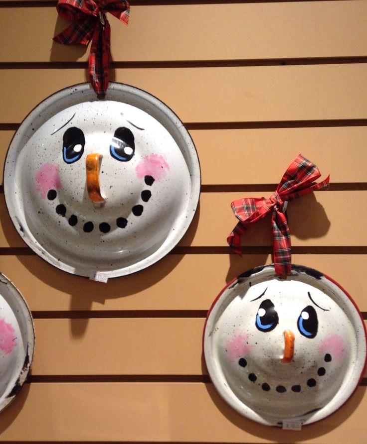 Pot lid snowmen