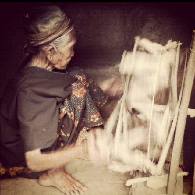 Spinning yarn to make Ikat, Lombok island