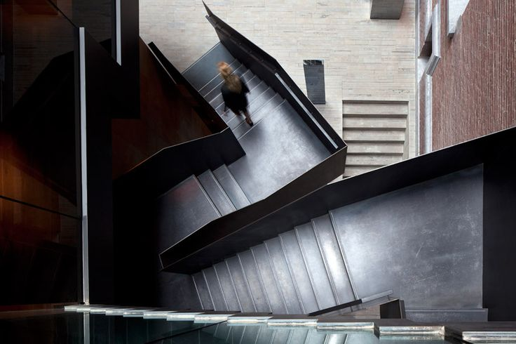 piero lissoni: conservatorium hotel, amsterdam    i love it when there is an opportunity to have stairs that become an interesting design element