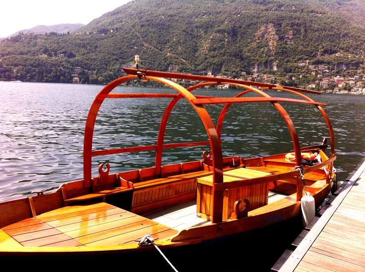 Un panorama stupendo e la pace e la tranquillità del Lago di Como. Per un agosto davvero speciale! http://www.castadivaresort.com/contatti   A magnificent panorama, the peace and the charm of #LakeComo. For a very special #August!  #Lucia #Boat #Happy #Summer #Ferragosto #Traditions   http://www.castadivaresort.com/contacts