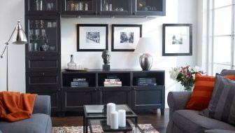 TV úložný priestor a vitrína v obývacej izbe IKEA