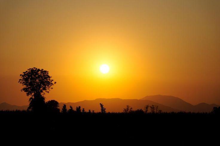 Sunset #motocross t #light #silhouette  #sun #dream #summer #autumn  #holiday  #vacancy #viaggiare #sunset  #nikon  #nikond90 #nikonitalia #twitter