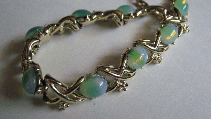 Vintage Jelly Opal Green Glass Cabochon Coro Necklace | eBay