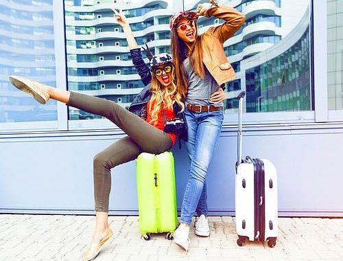 6 zasad jak się nie ubierać do samolotu, podróż, stylizacje do samolotu