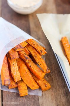 Crispy-tender Paleo-Friendly Baked Butternut Squash Fries are a wonderful low-carb alternative to sweet potato fries with the same great taste! - http://feelgoodfoodie.net/paleo-friendly-baked-butternut-squash-fries/