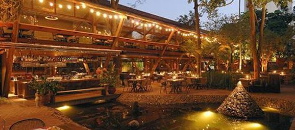 Restaurante Praça São Lourenço é um espaço para casamento de forte apelo paisagístico